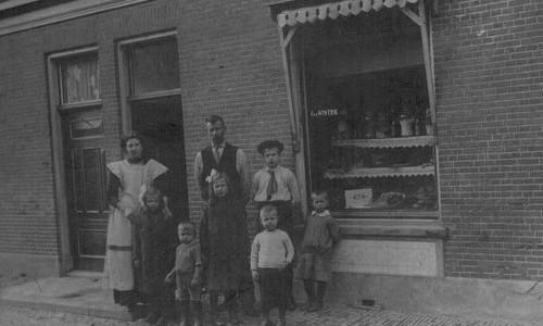 Groenten- en fruithandel De Winter (ca. 1910)